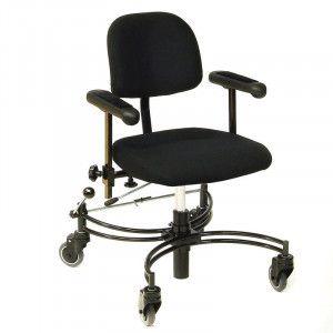 De Trippelstoel Euroflex Basic verplaatst u zich moeiteloos binnenshuis. De Trippelstoel is met spier-, gewrichts- of vermoeidheidsklachten.